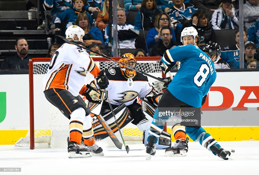 Joe Pavelski #8 of the San Jose Sharks shoots and scores getting his shot past goalie Ryan Miller #30 of the Anaheim Ducks during the third period in Game Three of the Western Conference First Round during the 2018 NHL Stanley Cup Playoffs at SAP Center on April 16, 2018 in San Jose, California.