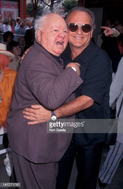 Joe Pesci and Mickey Rooney at the Johnny Grant Hand & Footprints Tribute, Mann Chinese Theater, Hollywood.