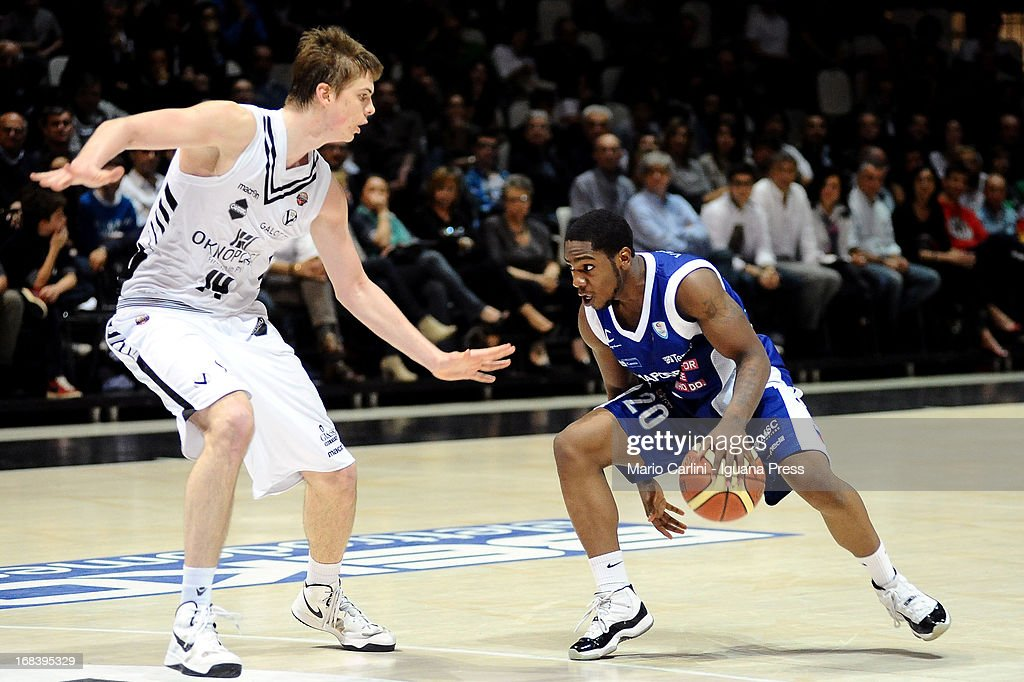Joe Ragland of Lenovo competes with Jakub Parzenski of Oknoplast during the LegaBasket A1 basketball match between Oknoplast Bologna and Lenovo Cantu at Unipol Arena on May 5, 2013 in Bologna, Italy.