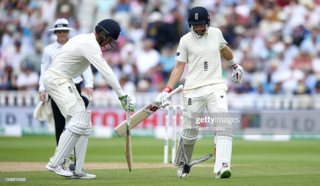 GBR: England v India: Specsavers 1st Test - Day One