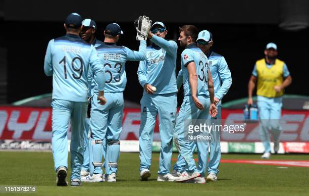Joe Root celebrates with team mates after taking the catch of Isuru Udana during the ICC Cricket World Cup 2019 match between England and Sri Lanka...