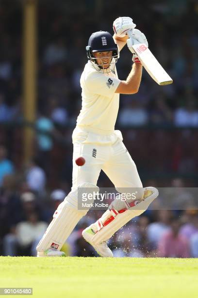 Joe Root of England bats during day one of the Fifth Test match in the 2017/18 Ashes Series between Australia and England at Sydney Cricket Ground on...
