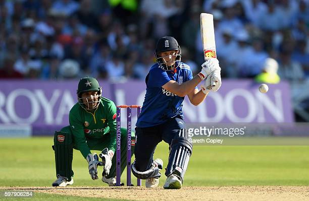 Joe Root of England bats during the 3rd One Day International match between England and Pakistan at Trent Bridge on August 30 2016 in Nottingham...