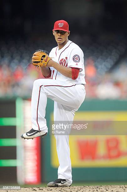 Joe Ross of the Washington Nationals pitches against the St Louis Cardinals at Nationals Park on May 26 2016 in Washington DC