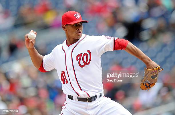 Joe Ross of the Washington Nationals pitches in the first inning against the Miami Marlins at Nationals Park on April 10 2016 in Washington DC