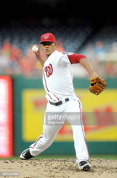 Joe Ross of the Washington Nationals pitches in the second inning against the St Louis Cardinals at Nationals Park on May 26 2016 in Washington DC