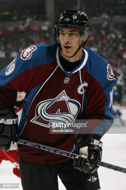 Joe Sakic of the Colorado Avalanche skates against the Detroit Red Wings during game four of the Western Conference Semifinals of the 2008 NHL...