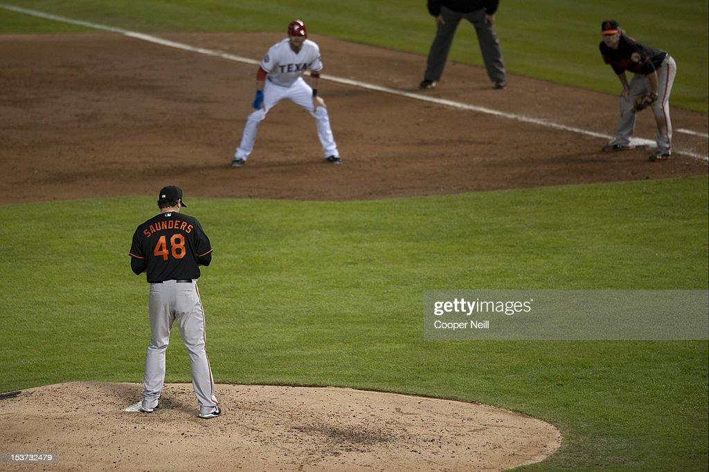 Wild Card Game - Baltimore Orioles v Texas Rangers : News Photo