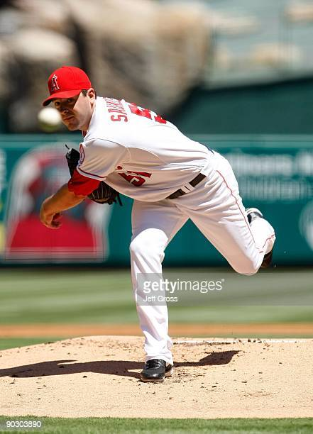Joe Saunders of the Los Angeles Angels of Anaheim pitches against the Detroit Tigers at Angel Stadium on August 26 2009 in Anaheim California The...