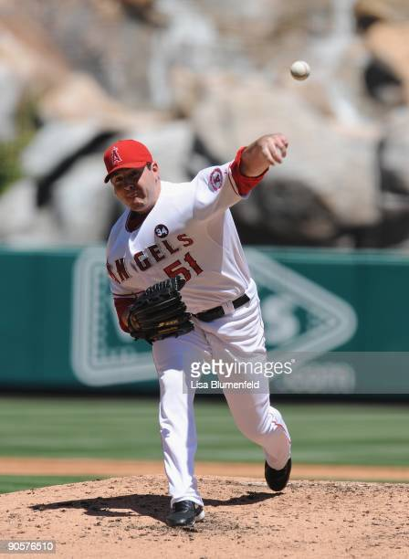 Joe Saunders of the Los Angeles Angels of Anaheim pitches against the Detroit Tigers at Angel Stadium of Anaheim on August 26 2009 in Anaheim...