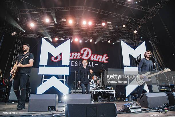 Joe Savins Mikey Chapman and Sam Douglas of Mallory Knox perform on stage during Slam Dunk Festival at Millennium Square on May 28 2016 in Leeds...