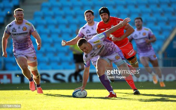Joe Simmonds of Exeter Chiefs scores their fourth try during the Heineken Champions Cup Semi Final match between Exeter Chiefs and Toulouse at Sandy...
