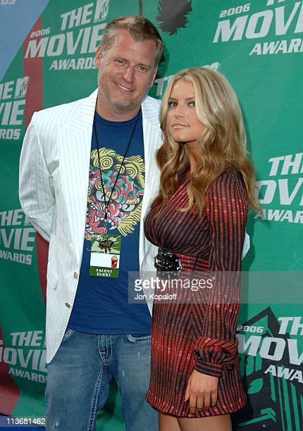 Joe Simpson and Jessica Simpson during 2006 MTV Movie Awards - Arrivals at Sony Studios in Culver City, California, United States.