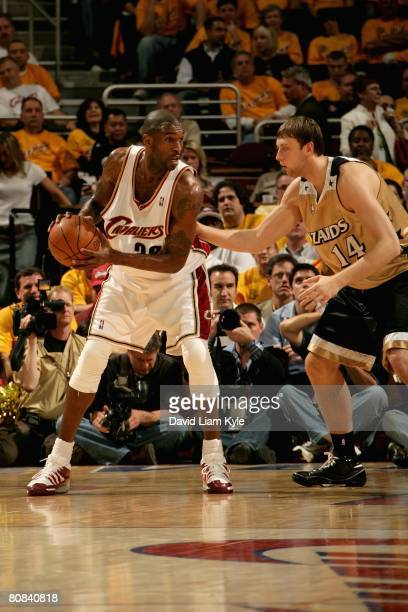 Joe Smith of the Cleveland Cavaliers moves the ball during the NBA game against the Washington Wizards in Game Two of the Eastern Conference...