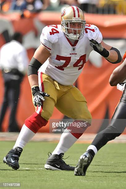 Joe Staley of the San Francisco 49ers blocks against the Cincinnati Bengals at Paul Brown Stadium on September 25 2011 in Cincinnati Ohio