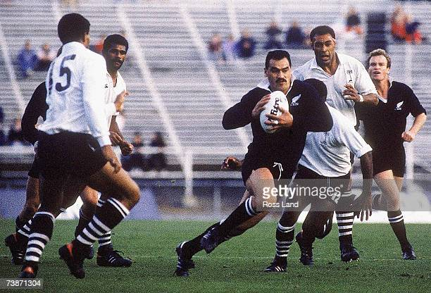 Joe Stanley of New Zealand makes a break during the 1987 Rugby World Cup Pool Three match between New Zealand and Fiji at Lancaster Park on May 27...