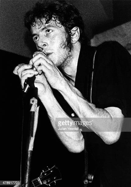 Joe Strummer performing with English pub rock group The 101ers at the Red Cow pub, London W6, 1975. Strummer joined The Clash the following year.