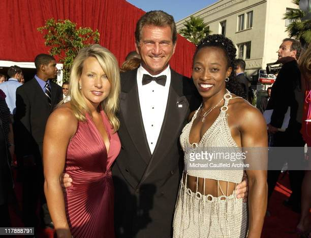 Joe Theismann , with his sister-in-law and Gail Devers