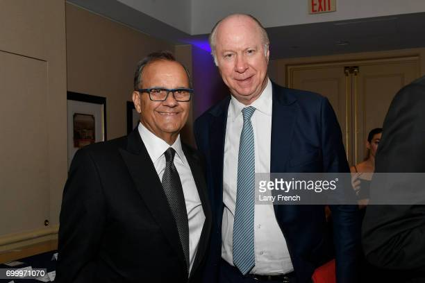 Joe Torre recipient of the award for Outstanding Public Service in Sports and political commentator David Gergen attend The Jefferson Awards...