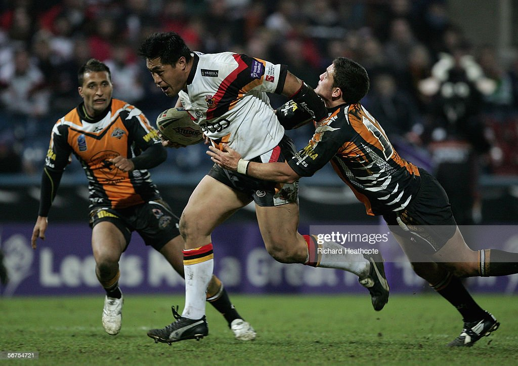Joe Vagana of Bradford charges through during the Carnegie World Club Challenge between Bradford Bulls and Wests Tigers at the Galpharm Stadium on February 03, 2006 in Huddersfield, England