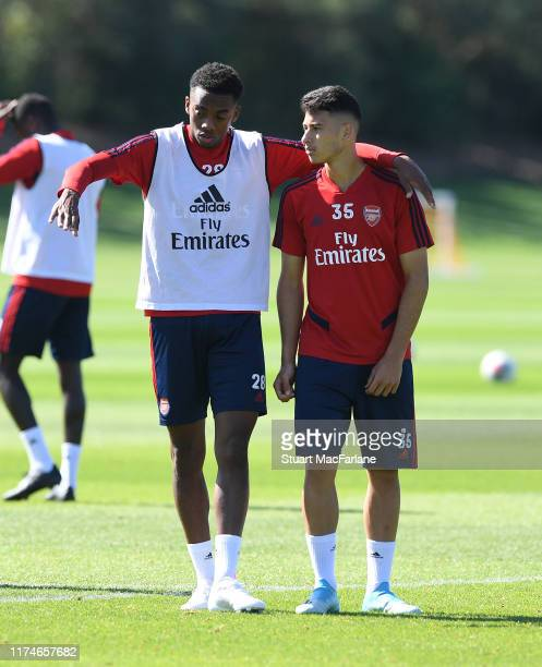 Joe Willock and Gabriel Martinelli of Arsenal during a training session at London Colney on September 14 2019 in St Albans England