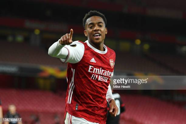 Joe Willock of Arsenal celebrates after scoring his team's second goal during the UEFA Europa League Group B stage match between Arsenal FC and...