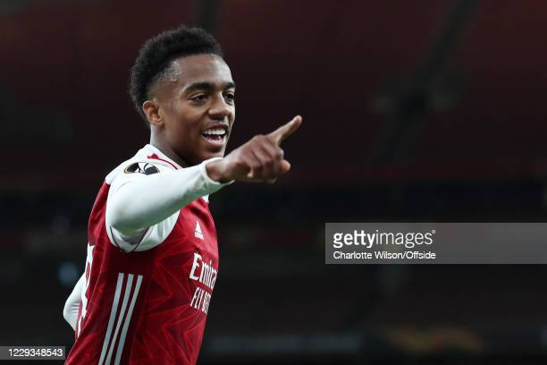 Joe Willock of Arsenal celebrates after scoring their 2nd goal during the UEFA Europa League Group B stage match between Arsenal FC and Dundalk FC at...