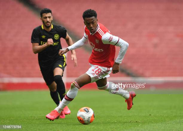 Joe Willock of Arsenal during the friendly match between Arsenal and Brentford at Emirates Stadium on June 10 2020 in London England