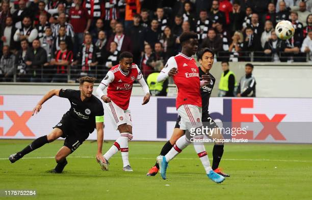 Joe Willock of Arsenal scores the his teams first goal during the UEFA Europa League group F match between Eintracht Frankfurt and Arsenal FC at on...