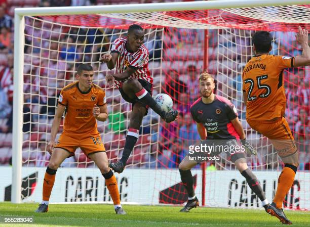 Joel Asoro of Sunderland tries to flick the ball towards the Wolves goal during he Sky Bet Championship match between Sunderland and Wolverhampton...