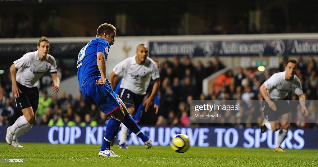 Tottenham Hotspur v Stevenage - FA Cup Fifth Round Replay : News Photo