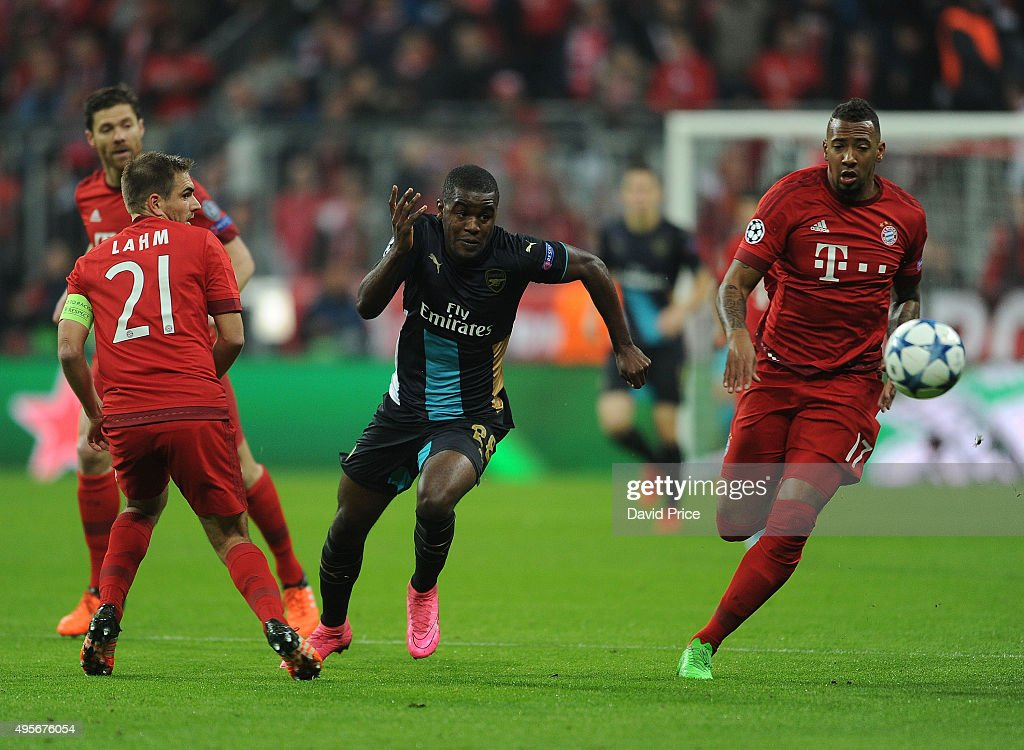 FC Bayern Muenchen v Arsenal FC - UEFA Champions League : News Photo