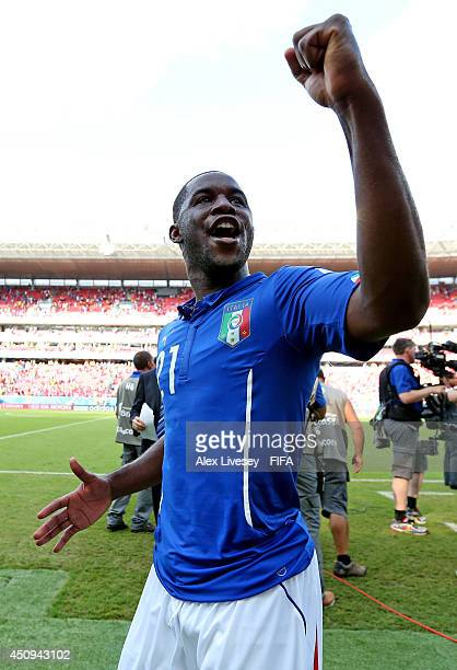 Joel Campbell of Costa Rica celebrates the 10 win after the 2014 FIFA World Cup Brazil Group D match between Italy and Costa Rica at Arena Pernambuco...