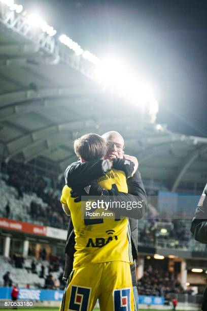 Joel Cedergren head coach celebrate with Eric Larsson of GIF Sundsvall after their teams victory in the Allsvenskan match between IFK Goteborg and...