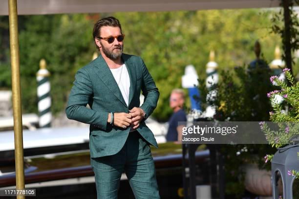 Joel Edgerton is seen arriving at the 76th Venice Film Festival on September 02, 2019 in Venice, Italy.