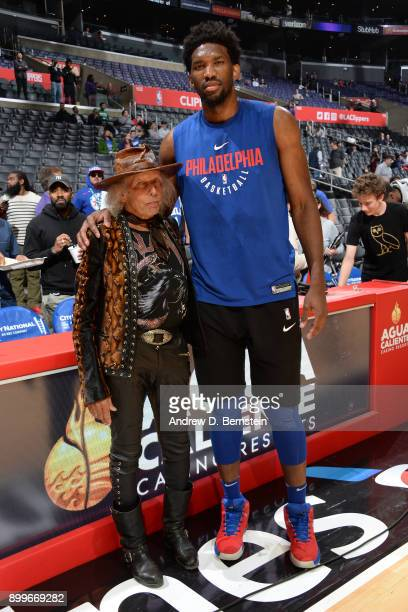 Joel Embiid of the Philadelphia 76ers and James Goldstein before the game against the LA Clippers on November 13 2017 at STAPLES Center in Los...
