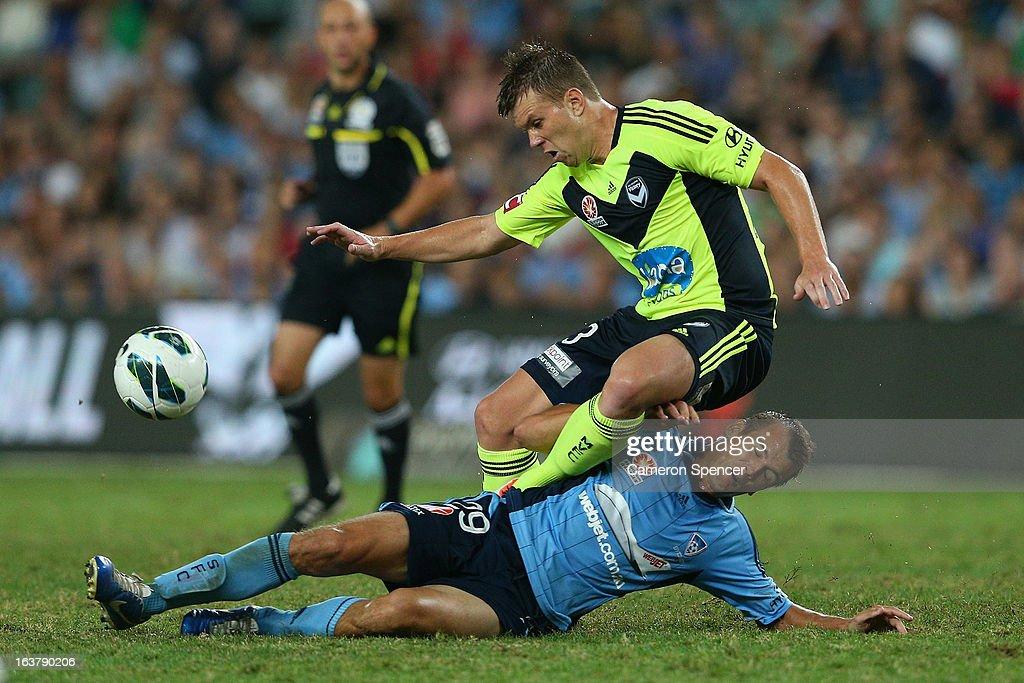 A-League Rd 25 - Sydney FC v Melbourne Victory