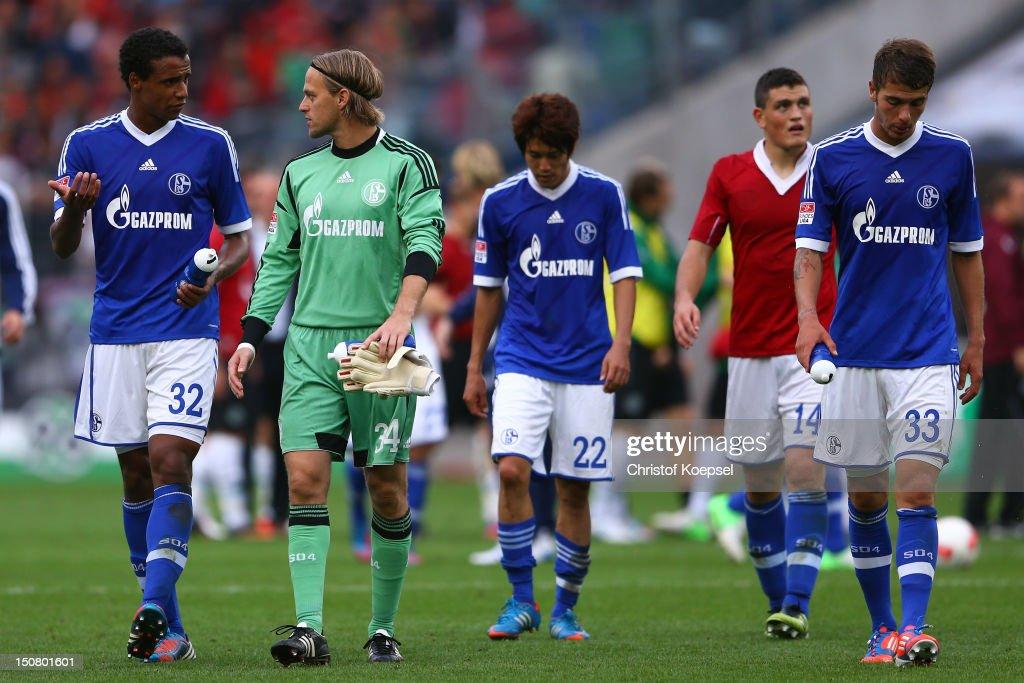 Hannover 96 v FC Schalke 04 - Bundesliga