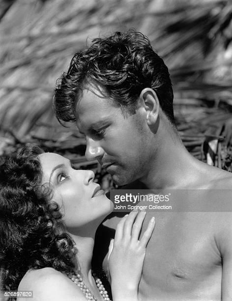 Joel McCrea as Johnny and Dolores del Rio as Luana in the 1932 film Bird of Paradise