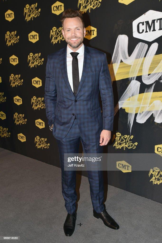 Joel McHale attends the 2018 CMT Music Awards at Nashville Municipal Auditorium on June 6, 2018 in Nashville, Tennessee.