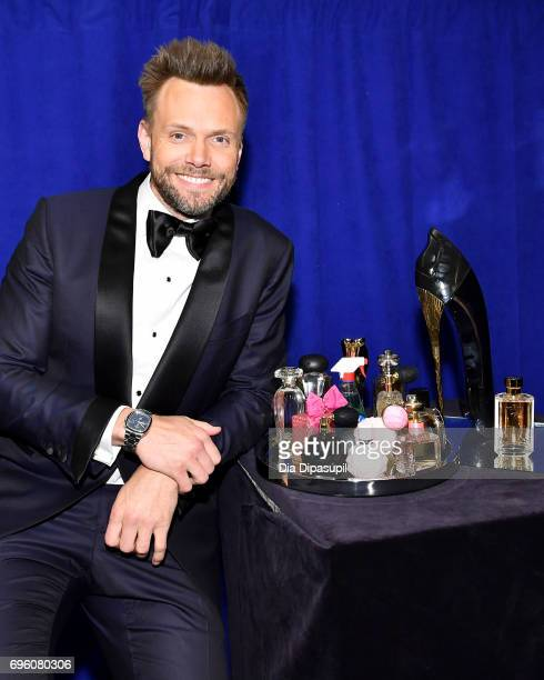 Joel McHale poses backstage at the 2017 Fragrance Foundation Awards Presented By Hearst Magazines at Alice Tully Hall on June 14 2017 in New York City