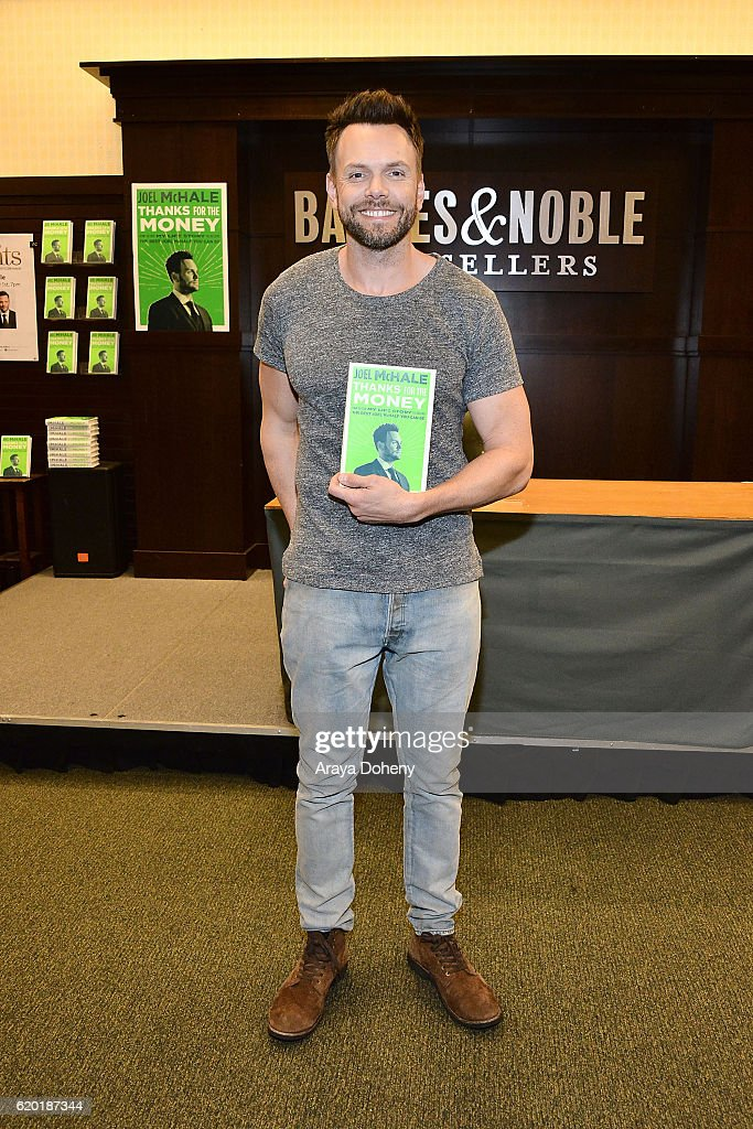 Joel McHale signs copies of his new book, 'Thanks For The Money' at Barnes & Noble at The Grove on November 1, 2016 in Los Angeles, California.