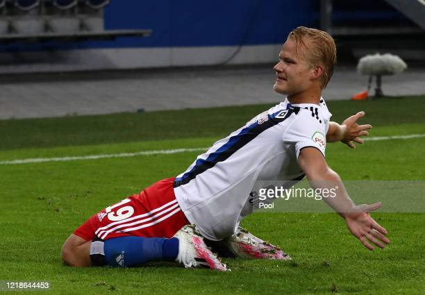 Joel Pohjanpalo of Hamburg celebrates after scoring his teams third goal during the Second Bundesliga match between Hamburger SV and Holstein Kiel at...