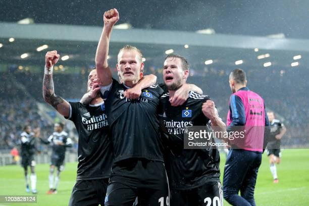 Joel Pohjanpalo of Hamburg celebrates the second goal with Tim Leipold of Hamburg and Louis Schaub of Hamburg during the Second Bundesliga match...