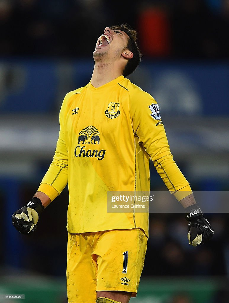 Joel Robles of Everton celebrates as Romelu Lukaku of Everton (not pictured) scores their first and equalising goal during the FA Cup Third Round match between Everton and West Ham United at Goodison Park on January 6, 2015 in Liverpool, England.