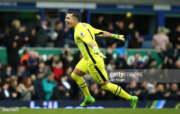 Joel Robles of Everton celebrates his sides second goal during the Premier League match between Everton and Sunderland at Goodison Park on February...