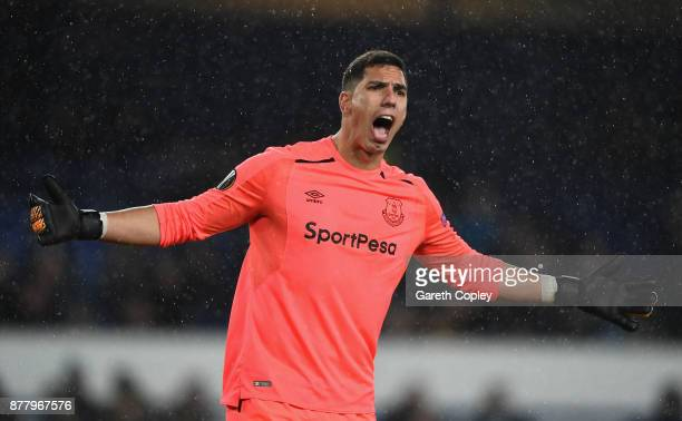 Joel Robles of Everton reacts during the UEFA Europa League group E match between Everton FC and Atalanta at Goodison Park on November 23 2017 in...