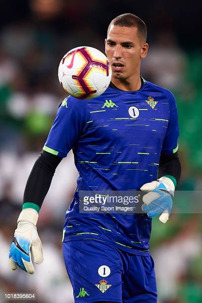 Joel Robles of Real Betis warms up prior to the La Liga match between Real Betis Balompie and Levante UD at Estadio Benito Villamarin on August 17...