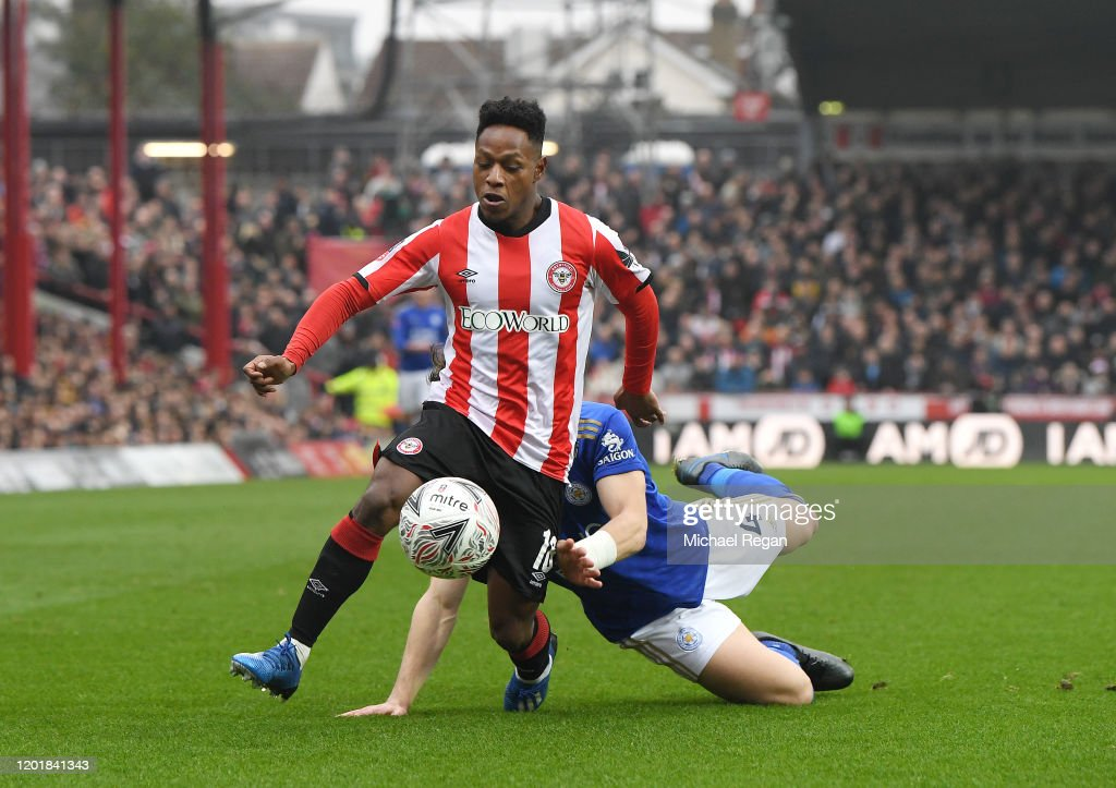 Brentford FC v Leicester City - FA Cup Fourth Round : ニュース写真