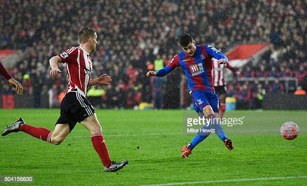 Joel Ward of Crystal Palace scores his team's first goal during the Emirates FA Cup Third Round match between Southampton and Crystal Palace at St...